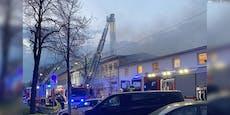 Feuerwehr-Einsatz bei Radatz soll ganze Nacht dauern