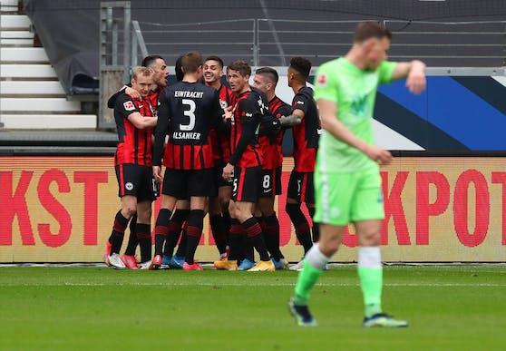 Frankfurt gewinnt gegen Wolfsburg.