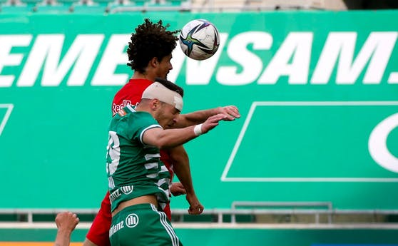 Ercan Kara gegen Andre Ramalho.