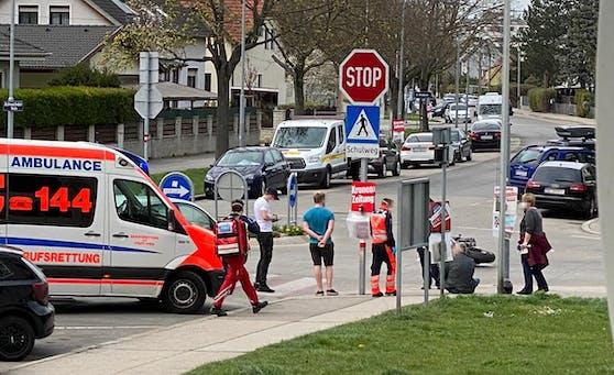 Die Rettung brachte den Mann ins Krankenhaus in Wien.