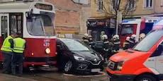 Öffi-Störung nach Bim-Unfall in Wien-Simmering