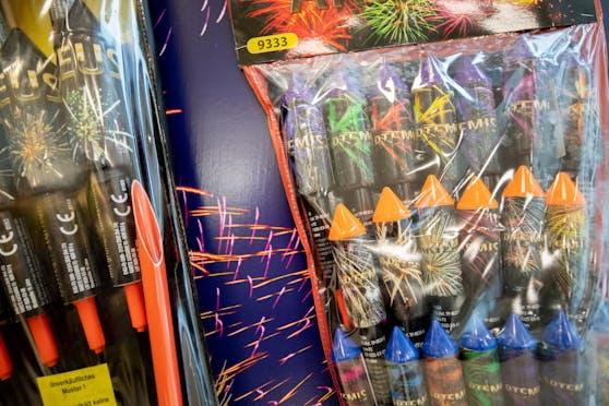 HOFER stoppt den Verkauf von Feuerwerk.