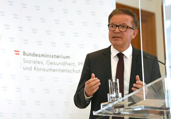 Gesundheitsminister Rudolf Anschober während der Pressekonferenz.