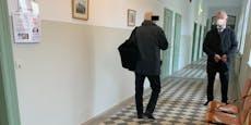 """""""Mit FlaK gegen Flüchtlingsstrom"""" meinte Mann im Netz"""