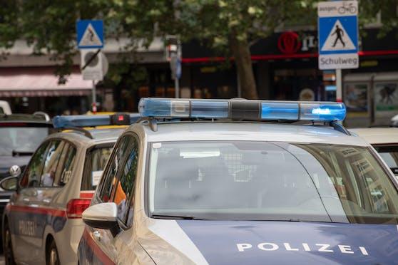 Der Lenker war am Weg zur Polizei, als er Opfer der Prügelattacke wurde. Symbolbild.