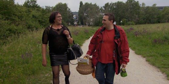 Tamara und Otto sind unterwegs zu ihrem ersten Liebes-Picknick. Doch ihr Date droht, ein Desaster zu werden.