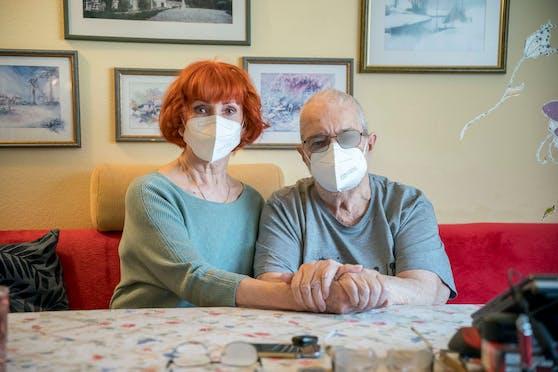 Maria (75) und Otto B. (87) hoffen auf eine baldige Impfung.