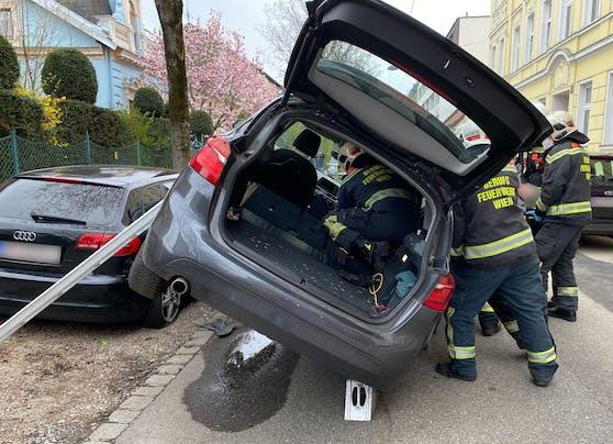 Die Insassen mussten von der Feuerwehr befreit werden