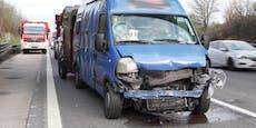 Beifahrer bei Unfall auf der A1 schwer verletzt