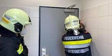 Feuerwehr musste Kind aus Bahnhofs-Klo befreien