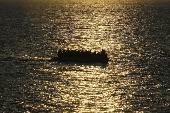 Immer wieder versuchen Flüchtlinge per Boot von Afrika nach Europa zu gelangen.
