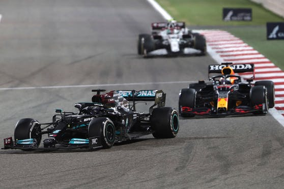 Lewis Hamilton und Max Verstappen.