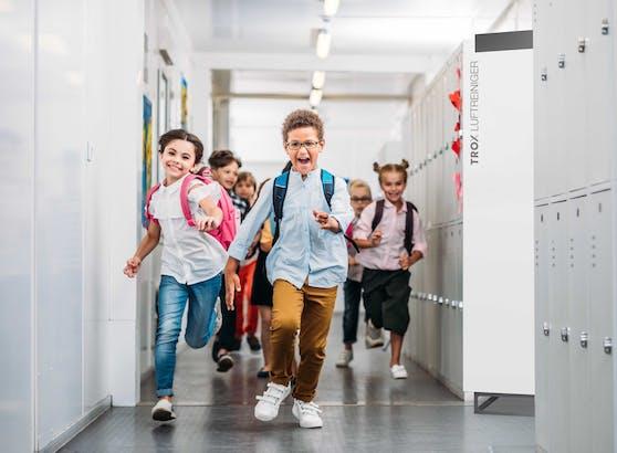 Schule startet wieder ab dem 26. April. Volksschule im Präsenzunterricht, Schichtbetrieb ab der Unterstufe.