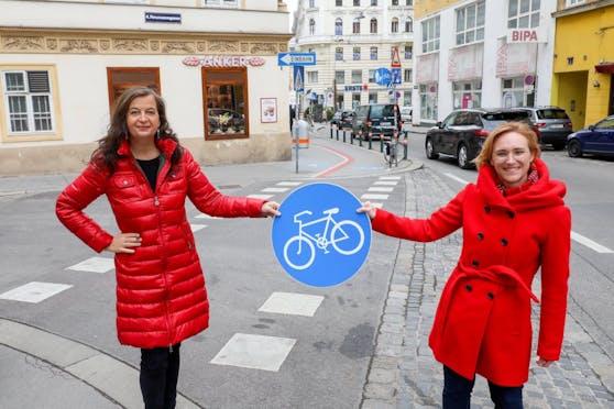Mobilitätsstadträtin Ulli Sima (l.) und Wieden-Chefin Lea Habwidl (beide SPÖ) freuen sich auf den Umbau der Unteren Favoritenstraße.