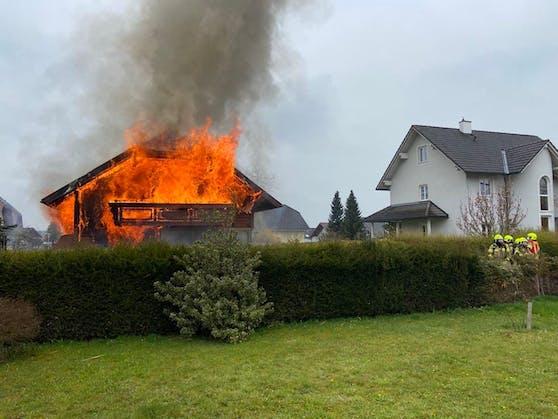 Ein Wohnhaus in Bad Hall stand in Vollbrand.