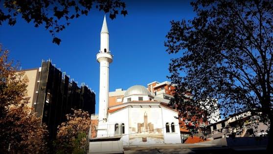 Dine Hoxha Moschee Tirana
