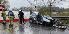 Tödlicher Unfall in Salzburg: Pkw rast gegen Lkw
