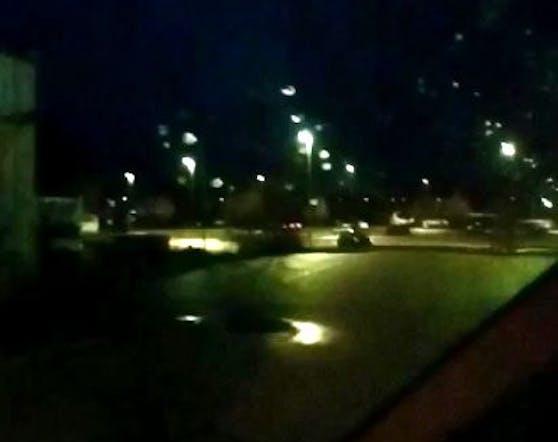 An einem niederösterreichischen Bahnhof flackerte das Licht durchgehend.