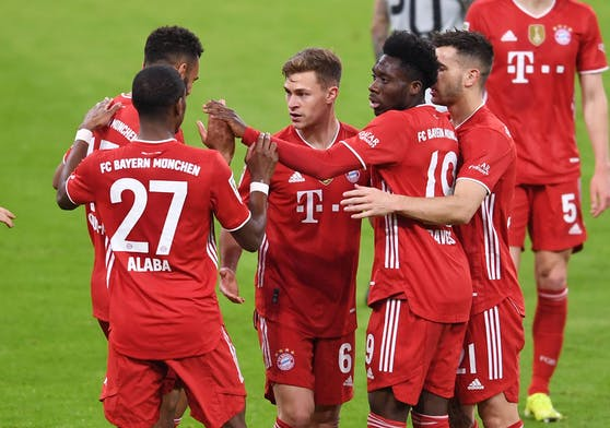 Die Bayern greifen nach dem Titel.