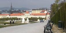 Audi-Lenker fährt mitten durch Belvedere-Garten in Wien