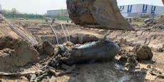 Großer Polizeieinsatz nach Bomben-Fund bei DHL-Zentrum