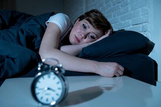 Schlaflosigkeit kann Auswirkungen auf Geist und Körper haben.