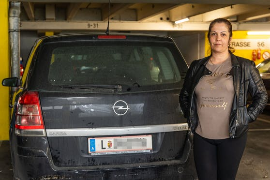 Der schwarze Opel Zafira von Krisztina Myaradi (41) wurde gestohlen. Die Diebe kamen nicht weit.