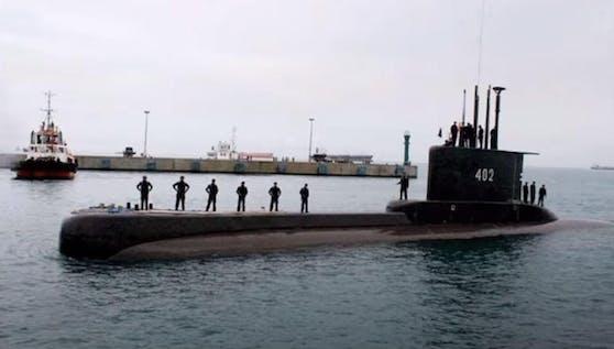 Das verschwundene U-Boot KRI Nanggala gehört zur deutschen U-Boot-Klasse 209 und wurde im Juli 1981 in den Dienst gestellt.
