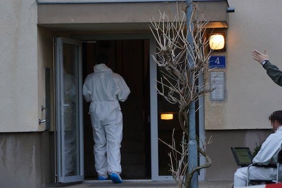 Spurensicherung am Tatort in Neulengbach