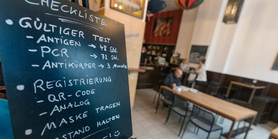 Drei Regeln für einen Gastro-Besuch: Test, Maske und Abstand!