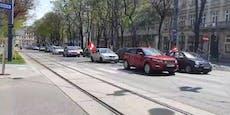 Corona-Leugner legen Wiener City mit Autokorso lahm