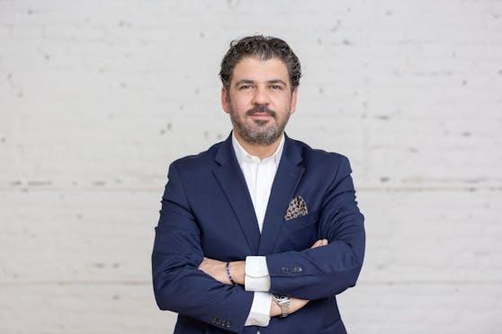 Farbod Sadeghian, Gründer von artèQ.