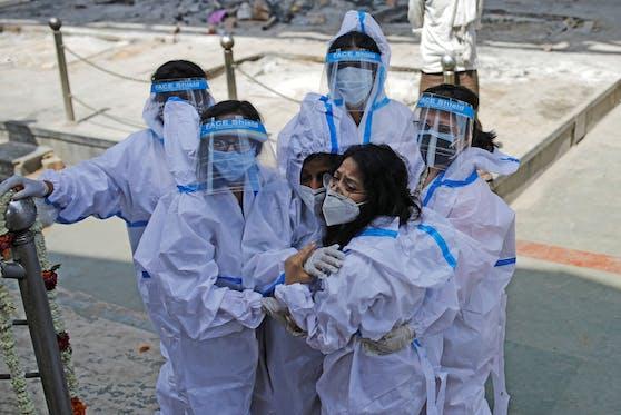 Laut Experten hätte die Pandemie verhindert werden können. Dazu hätte die WHO aber schneller handeln und weniger zögern müssen. (Symbolbild)