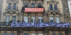 50 Aktivisten besetzen Haus am Wiener Rathausplatz