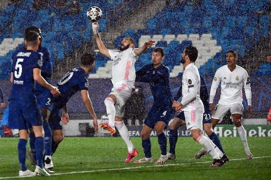 Karim Benzema trifft zum 1:1.