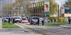 Radfahrer nach schwerem Sturz am Karlsplatz reanimiert