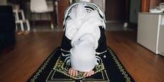 Muslime lehnen Impfung und Corona-Tests im Ramadan ab