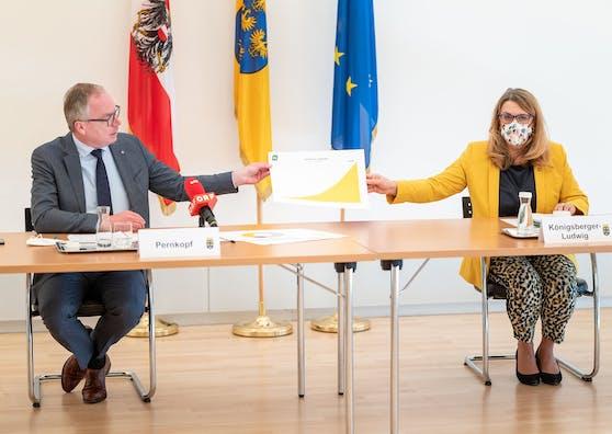 Landesvize S. Pernkopf mit Landesrätin U. Königsberger-Ludwig bei der Pressekonferenz