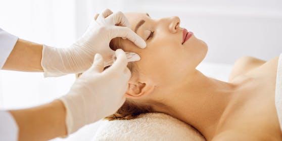 Die Ärzte sollen in den Seminaren Botox gespritzt haben. (Symbolbild)