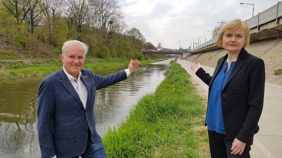 Bezirksvorsteherin Silke Kobald und der Hietzinger Gemeinderat Michael Gorlitzer (beide ÖVP) fordern grundsätzliche Änderungen am Projekt Westausfahrt, um den Grünraum im Wiental zu erhalten.