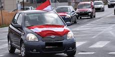 Maßnahmengegner cruisen im Auto-Korso durch NÖ