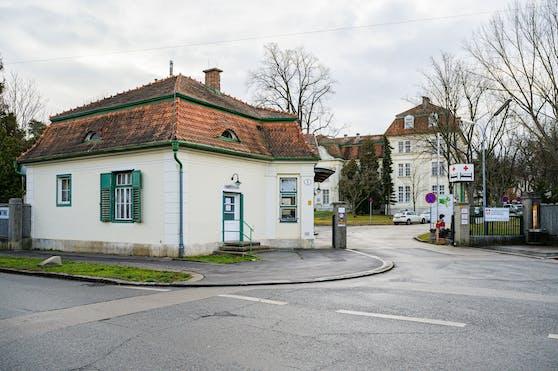 Außenansicht des Krankenhaus Hietzing mit Neurologischem Zentrum Rosenhügel