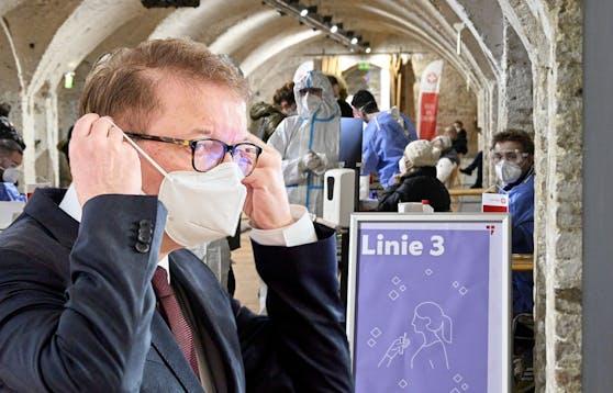 Gesundheitsminister Anschober verkündet eine Neuerung bei den Teststraßen