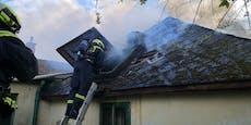 Wohnhausbrand in Lanzendorf forderte die Feuerwehren