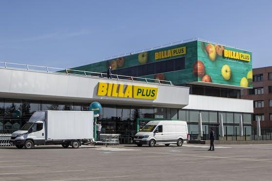 Eine Ex-Merkur-Filiale im neuen Billa-Plus-Look.