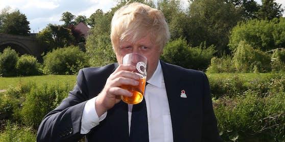 Premierminister Boris Johnson will sich bald ein Bier im Lokal gönnen.