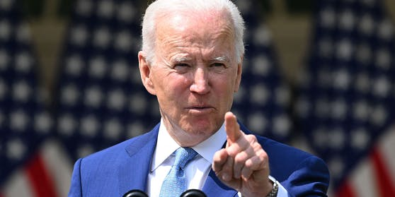 """Joe Biden hat versprochen,keinen """"weiteren Fuß"""" der Mauer zu bauen."""