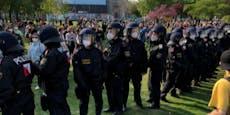 11 Festnahmen, 7 verletzte Polizisten bei Demos in Wien