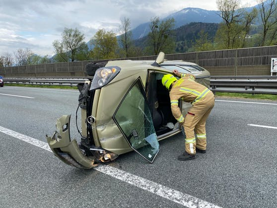 Stans—Verkehrsunfall auf der Inntalautobahn-Fotocredit: ZOOM.TIROL
