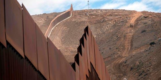 Es solle die längste und die großartigste Mauer aller Zeiten werden, und Mexiko werde dafür bezahlen, versprach Donald Trump.